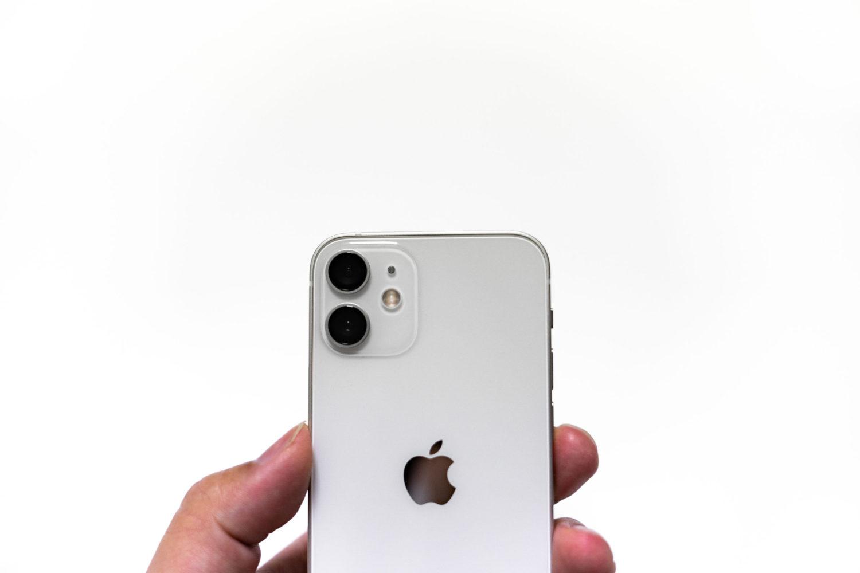 ついにminiのサイズにも二眼カメラが実装された