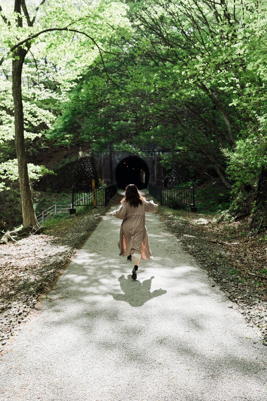 トンネルとトンネルの間